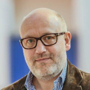 Marc, Directeur